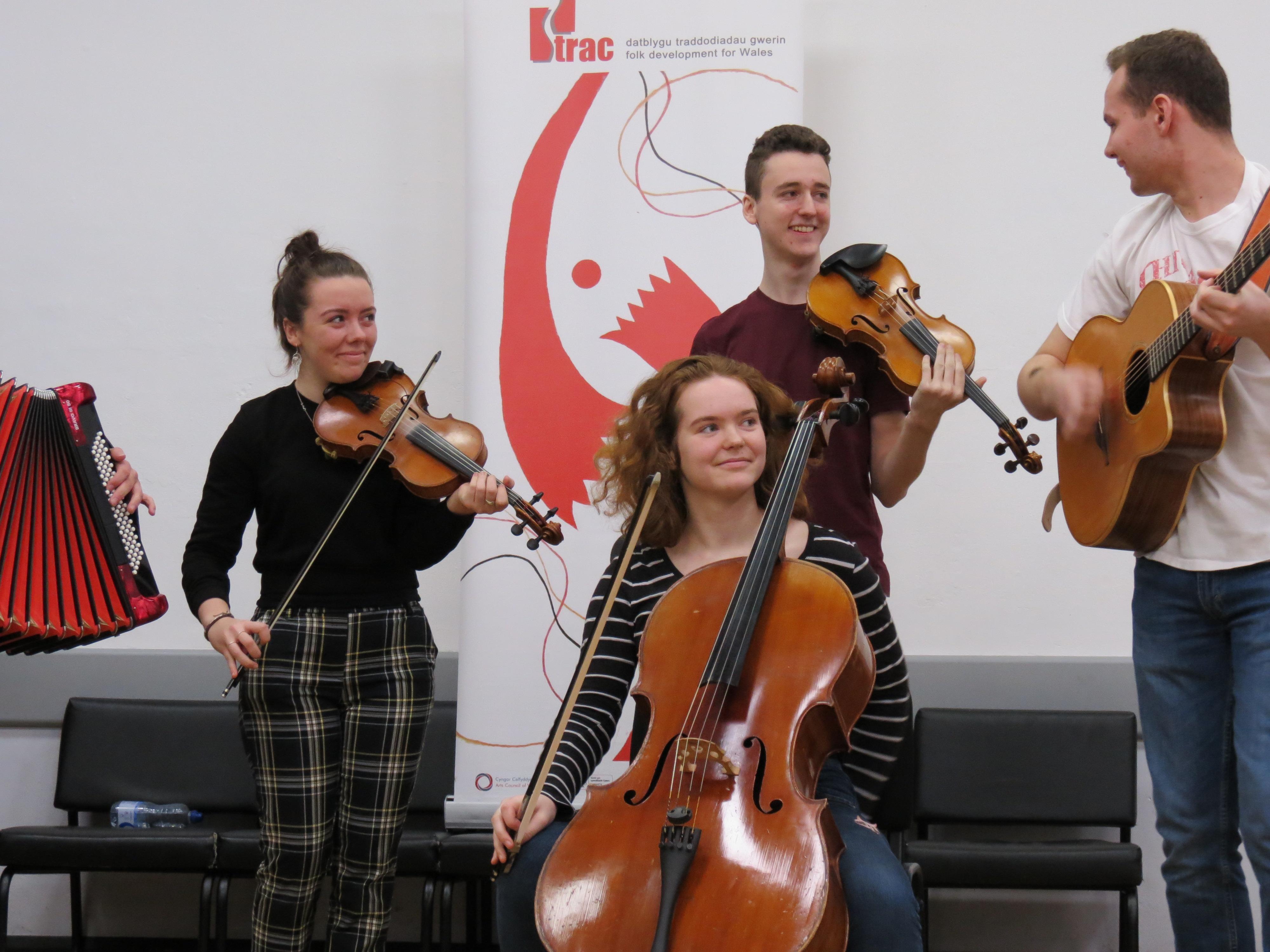 AVANC: The Youth Folk Ensemble of Wales