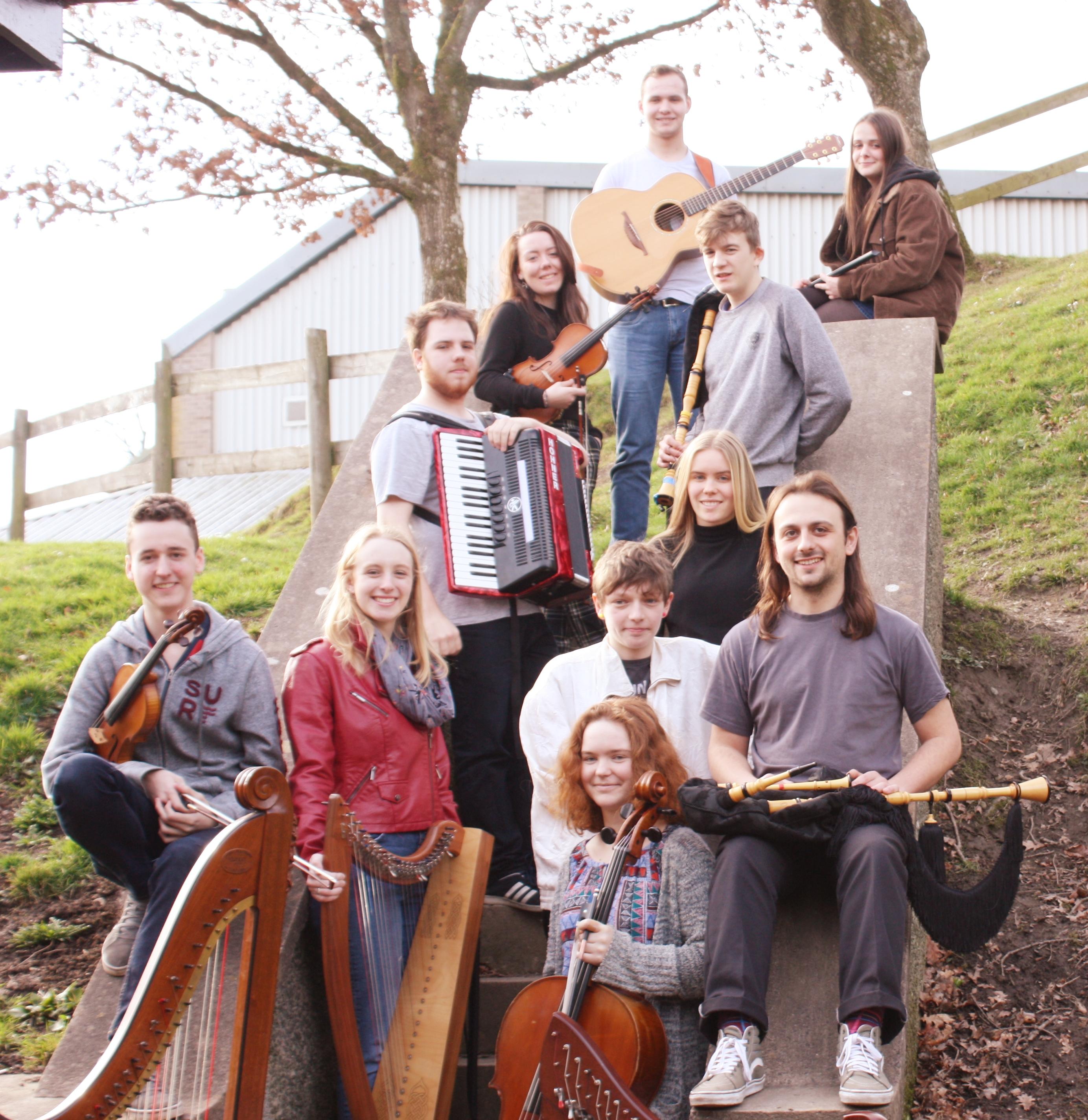 AVANC: Ensemble Gwerin Ieuenctid Cymru